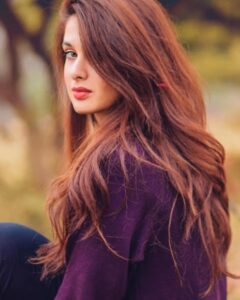 Read more about the article 10 Ways to quickly lengthen hair easily and naturally
