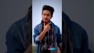 Read more about the article ansh pandit best shayari Status video 💘♥️♥️💟💘💟♥️🎤🤟🤟