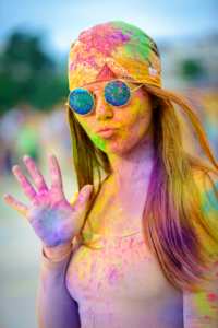 Read more about the article HOW TO CELEBRATE AN ECO-FRIENDLY HOLI   HAPPEE TRAVELERS