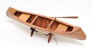 Read more about the article Indian Girl Canoe Boat Model Sculpture