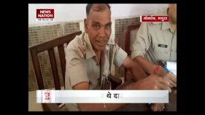 Read more about the article Viral Video: A drunk policeman sings Shayari at a Police Station in Mathura