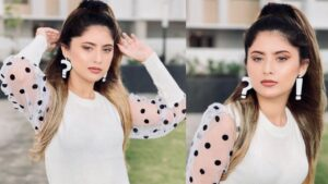 Read more about the article Arishfa Khan New Viral Shayri Special Reels Video❤❤ || Arishfa Khan and Lucky Dancer Romantic Video❤