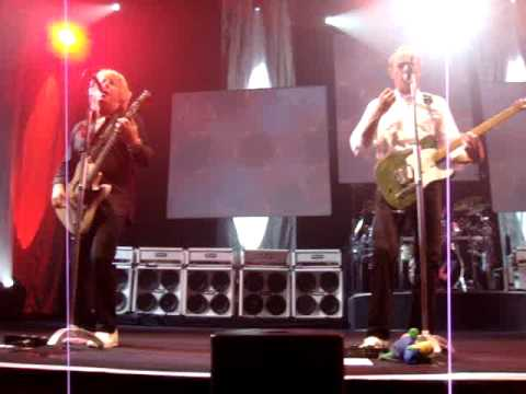 You are currently viewing Status Quo – Mean Girl (Zurich 22.8.2009)