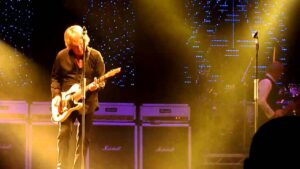 Read more about the article Status Quo – Mean Girl & Softer Ride live at Trent FM Arena, Nottingham 12-12-10