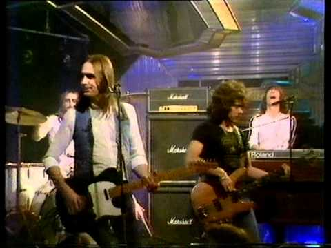 You are currently viewing Status Quo –  Rock 'n' Roll 1981