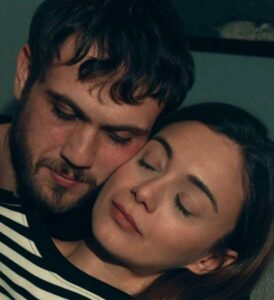 Read more about the article @Mega Efsun and Yamaç story about an impossible love, full of passion and pain