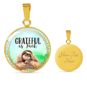 Read more about the article Grateful AF Sloth Necklace – 18K Gold over Stainless Steel / Yes